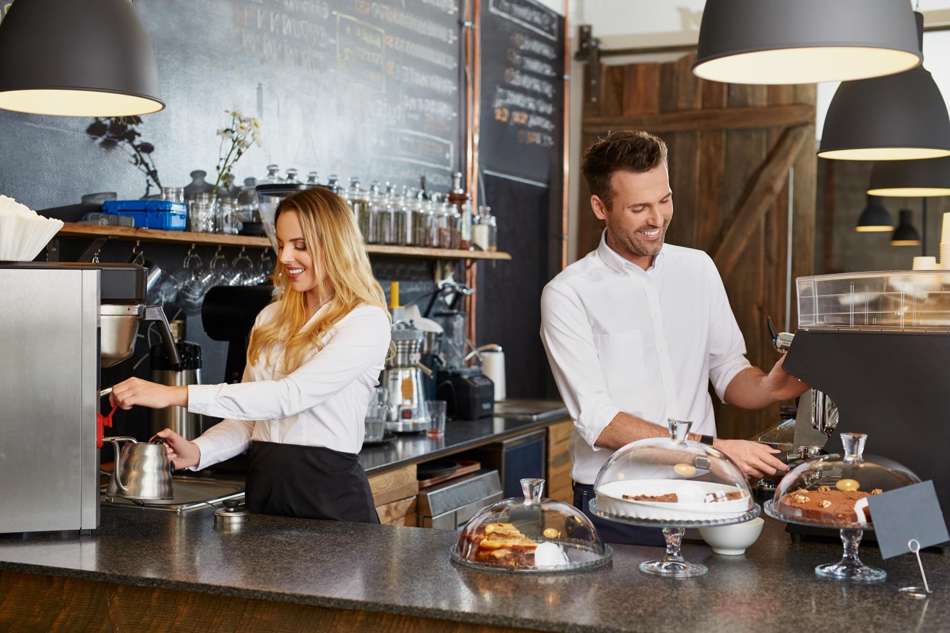 Práce v kavárně při studiu v Dánsku
